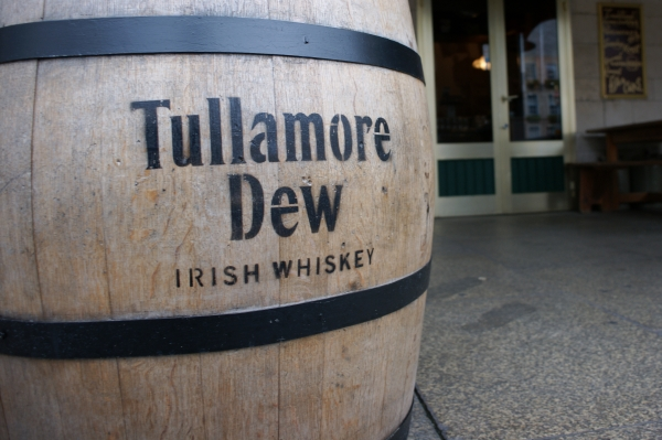 TULLAMORE DEW OLD BONDED WAREHOUSE
